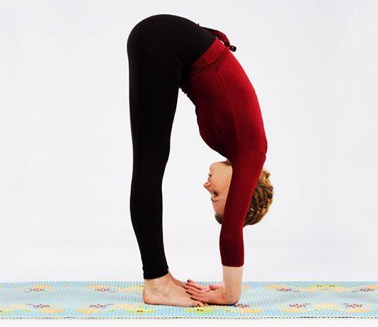 Những tư thế kéo giãn cơ toàn thân giúp tăng chiều cao