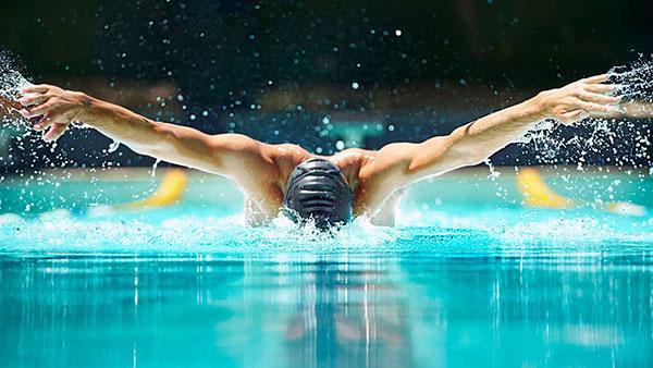 Kĩ thuật bơi bướm tương đối khó